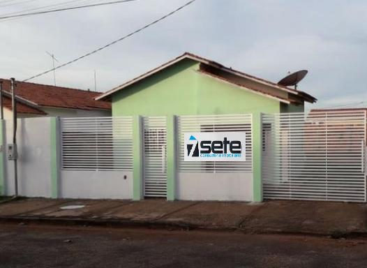 Casa  com 2 quartos no Petrópolis, Várzea Grande  - MT