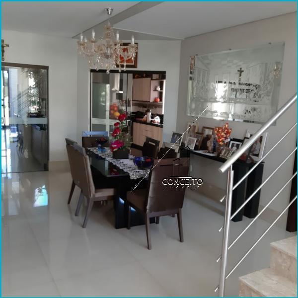 http://www.imoveltop.com.br/imagens/imovel/339/00007/0000701420210203.jpg
