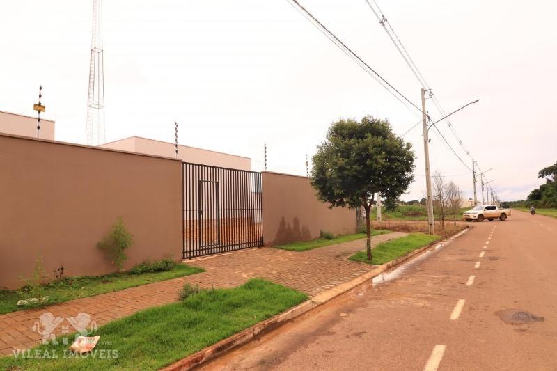 http://www.imoveltop.com.br/imagens/imovel/340/00027/0002701620210701.jpg