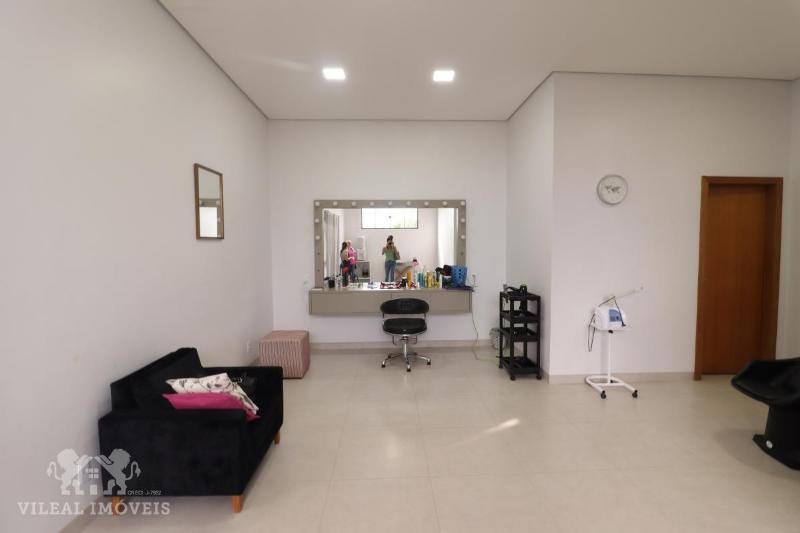 http://www.imoveltop.com.br/imagens/imovel/340/00049/0004901520210701.jpg