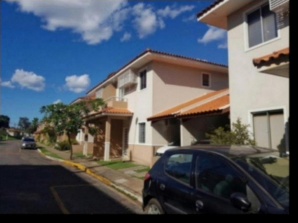 Casa Cond. Fechado  com 3 quartos sendo 2 suítes no Despraiado, Cuiabá  - MT