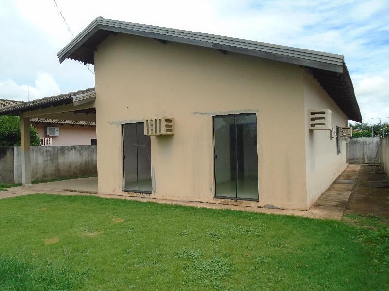 Casa  com 3 quartos sendo 1 Suíte no Parque das Emas, Lucas do Rio Verde  - MT