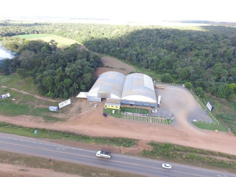 Barracão  no Menino Deus, Lucas do Rio Verde  - MT