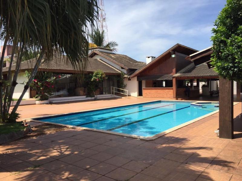 Casa  com 5 quartos sendo 3 Suítes no Centro, Lucas do Rio Verde  - MT