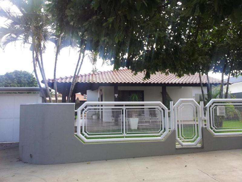 Casa  com 3 quartos sendo 1 Suíte no Centro, Lucas do Rio Verde  - MT