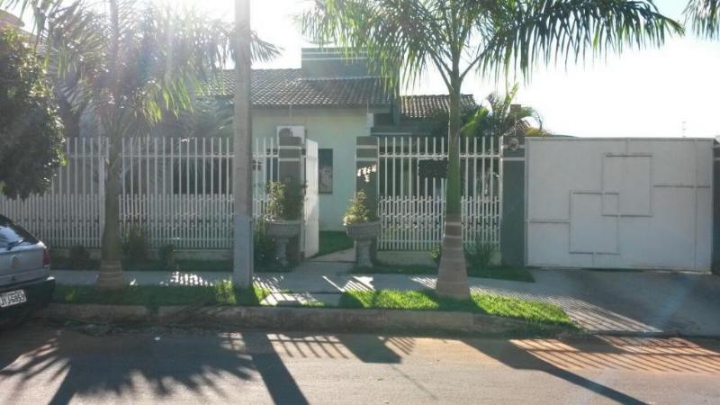 Casa  com 3 quartos sendo 1 Suíte no Cerrado, Lucas do Rio Verde  - MT