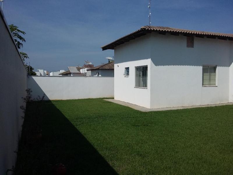 Casa  com 4 quartos sendo 1 Suíte no Parque das Emas, Lucas do Rio Verde  - MT