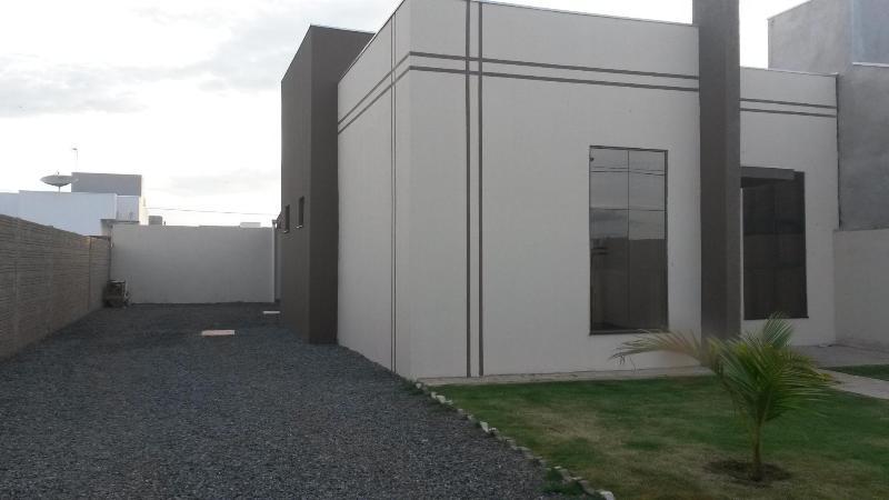 Casa  com 2 quartos sendo 1 Suíte no Loteamento Dalmaso, Lucas do Rio Verde  - MT