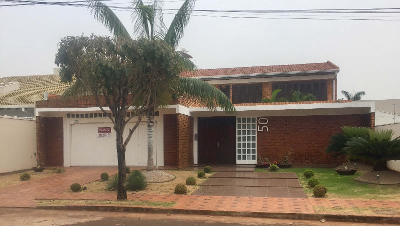 Casa  com 5 quartos sendo 5 Suítes no Parque das Mansões, Tangará da Serra  - MT