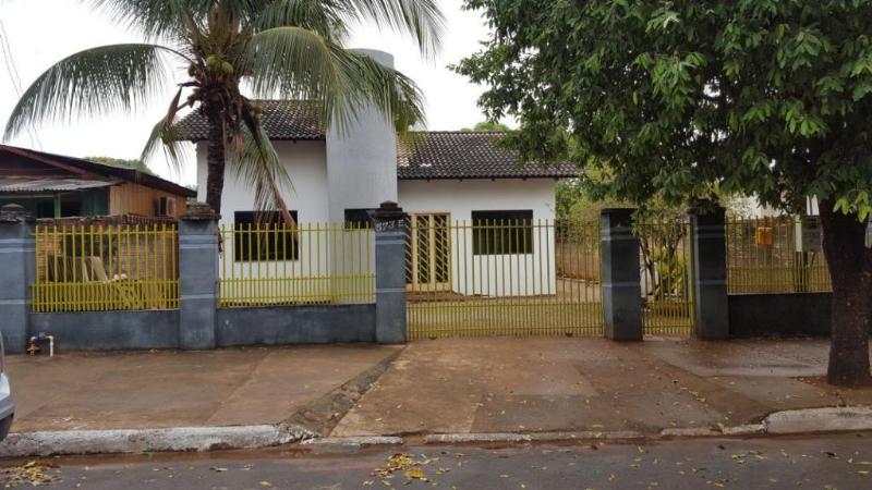 Casa  com 3 quartos no Rio Verde, Lucas do Rio Verde  - MT