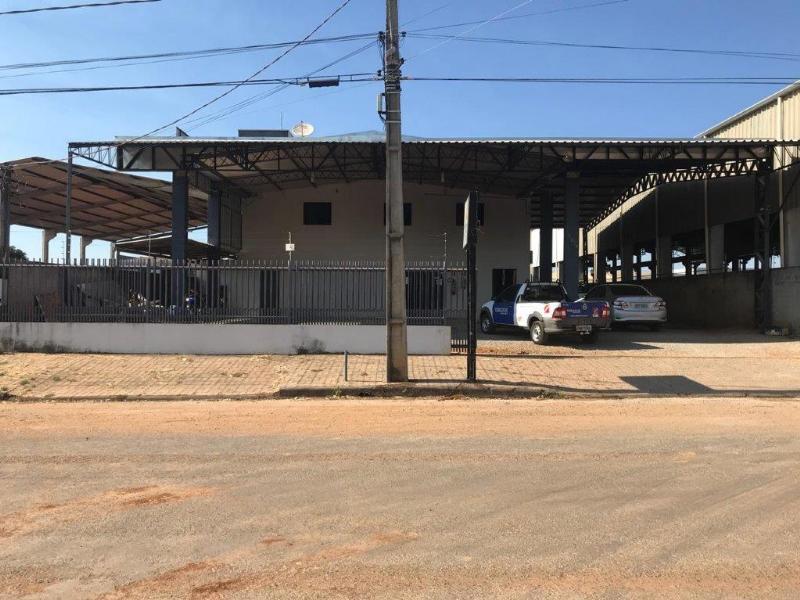 Barracão  com 3 quartos no Industrial, Lucas do Rio Verde  - MT