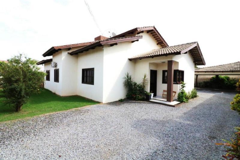 Casa  com 3 quartos sendo 1 Suíte no Cidade Nova, Lucas do Rio Verde  - MT