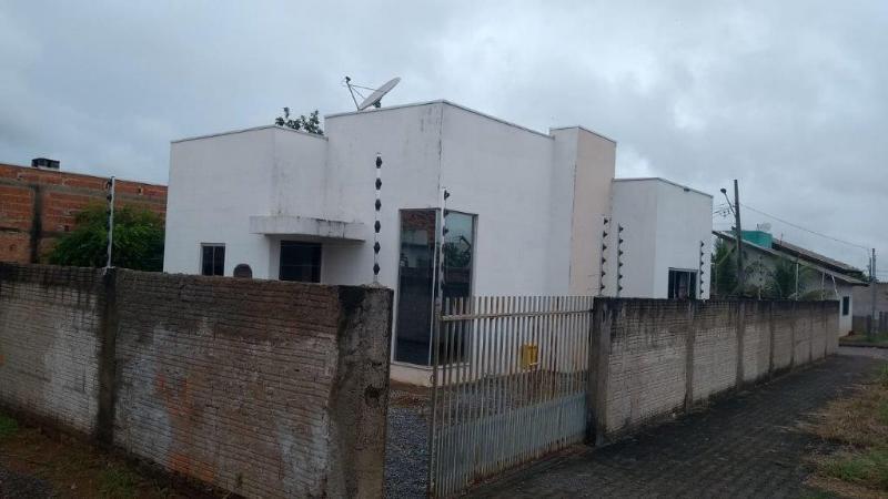 Casa  com 1 quarto no Jardim Primaveras, Lucas do Rio Verde  - MT