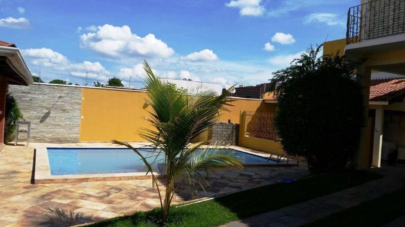 Casa  com 3 quartos sendo 2 Suítes no Jardim Cuiabá, Cuiabá  - MT