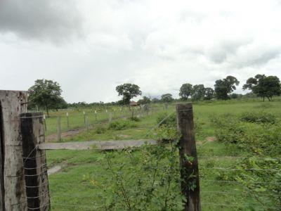 http://www.imoveltop.com.br/imagens/imovel/93/00216/20130114_171445_962013.jpg
